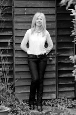 Photo of the author Jane Dismore